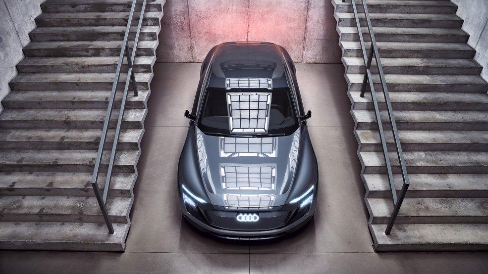 Audi pisa a fondo y se adelanta al futuro