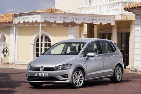 """El País """"El VW Golf Sportsvan ofrece la mejor relación entre precio, calidad y servicio"""""""